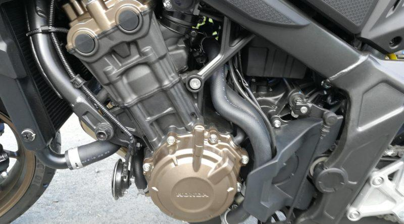 Honda CB650R und CB1000R NEO SPORTS CAFÉ - Test und Vergleich mit Video