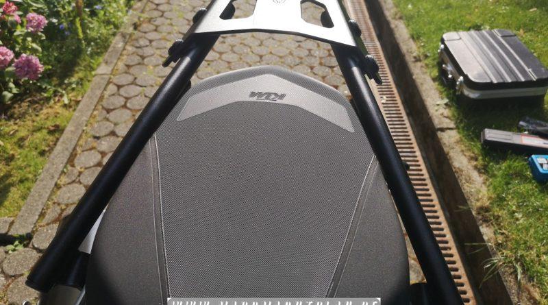 Montage SW-Motech Street Rack Topcaseträger an KTM 790 Duke